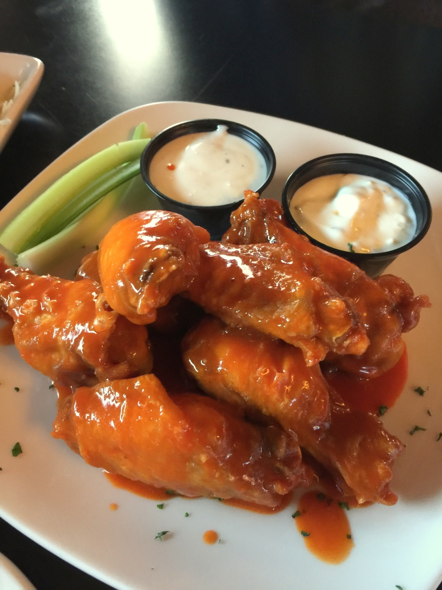 You're in Kenosha and craving awesome buffalo wings.   What do you do?
